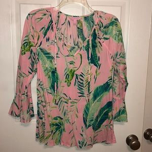 Lilly Pulitzer blouse. Only worn once! ✨